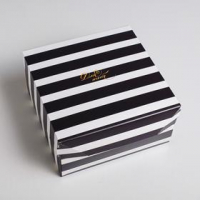 "Коробка картонная ""Монохром"" 17*9*17 см"